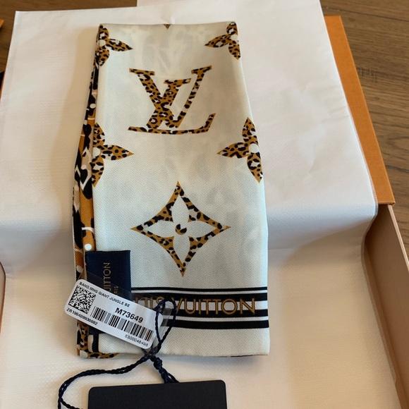 Louis Vuitton Accessories - Louis Vuitton bandeau